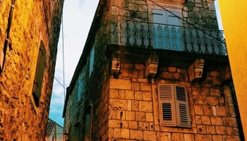 stari-grad-streets