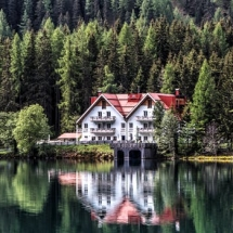 Lake House2