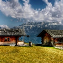 cabins in mountains